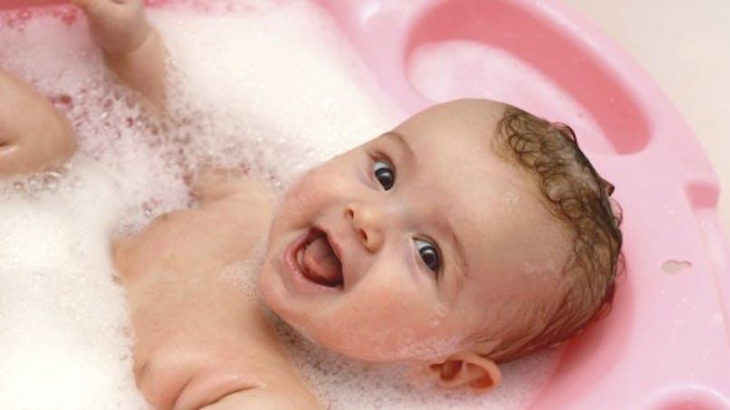 Comment donner le bain à votre bébé?