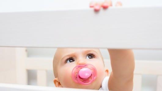 Faut-il vraiment une tétine à votre bébé?
