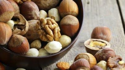 Les bienfaits des amandes, noix et noisettes