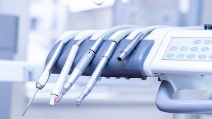 Le prix d'achat des prothèses dentaires bientôt connu des patients