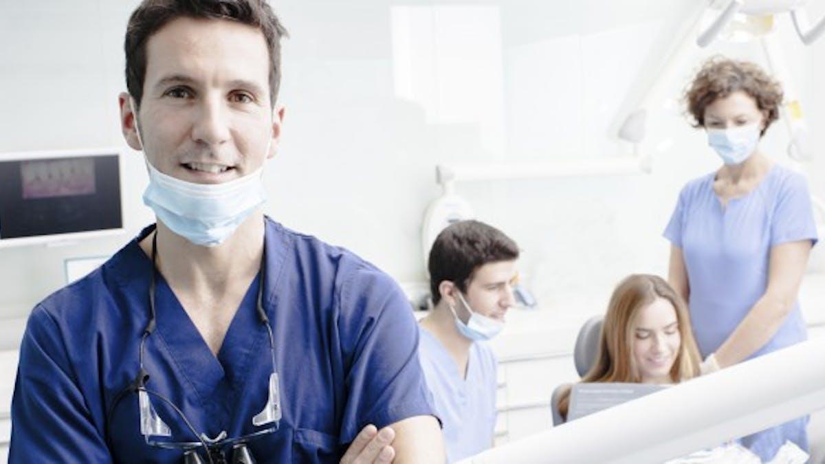 Hygiène chez le dentiste: quelle sécurité en France?