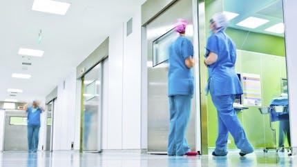 Appel à la grève illimitée pour les hôpitaux et cliniques privés début 2015