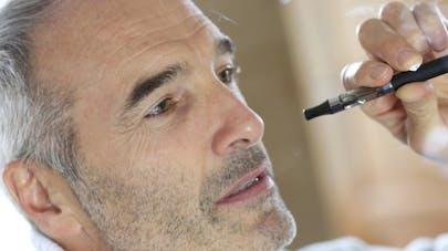 La cigarette électronique plus cancérigène que le tabac?