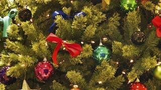 Décorations du sapin de Noël: choisissez la sécurité