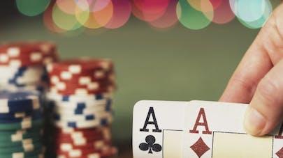 Poker en ligne: pas besoin de miser beaucoup pour devenir addict
