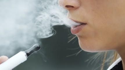 Vapoter n'est pas fumer, pour la Cour de cassation
