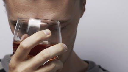 """Alcool: """"La rechute n'est pas un retour à la case départ"""""""