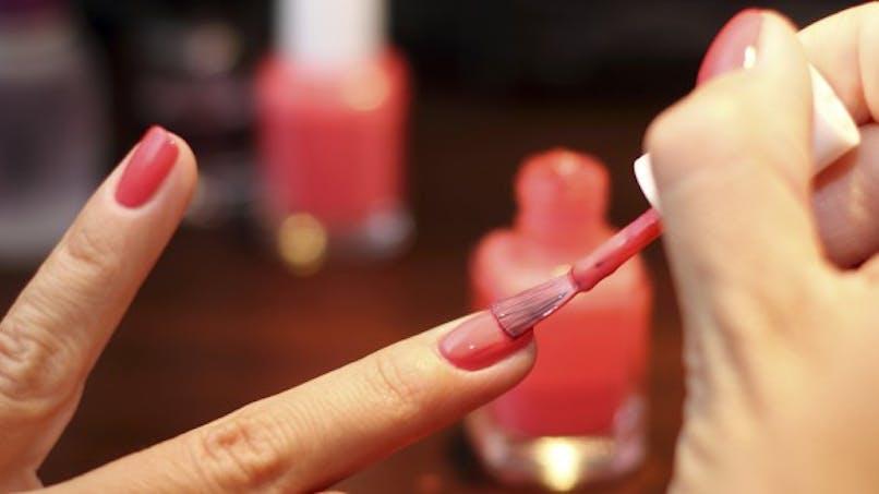 Ménopause précoce: les perturbateurs endocrininens des produits de beauté mis en cause