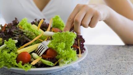Des repas plus légers et plus fréquents pour garder la ligne