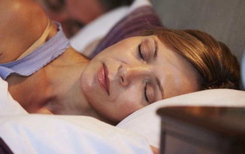 Trop dormir augmente les risques d'AVC