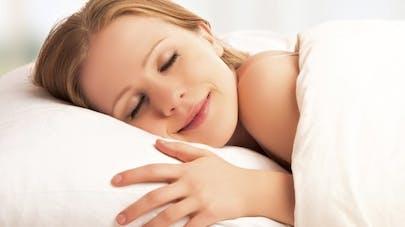 Dormir huit heures par nuit, la clé du bonheur?