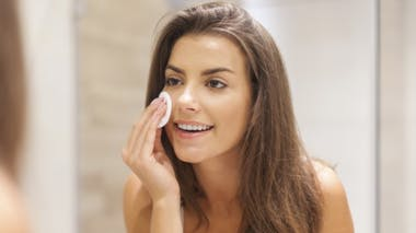 Peau sensible: comment la nettoyer tout en douceur