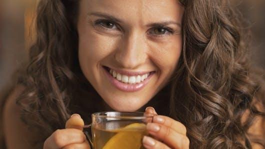 10 bonnes raisons de boire du thé