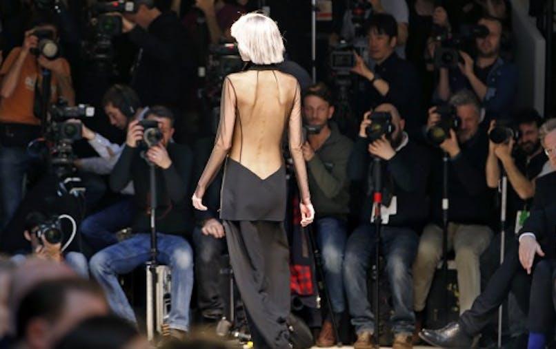 L'Assemblée vote la loi sur l'interdiction des mannequins trop maigres
