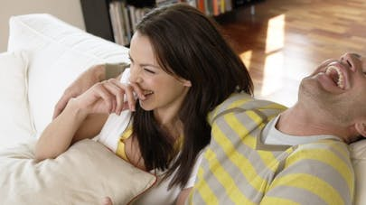 Pour être plus proches, riez ensemble!