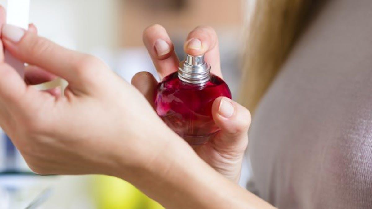 Phéromones: quand un parfum à base de jasmin active la libido