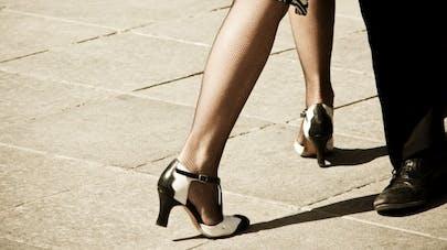 Parkinson: danser le tango améliore les fonctions motrices