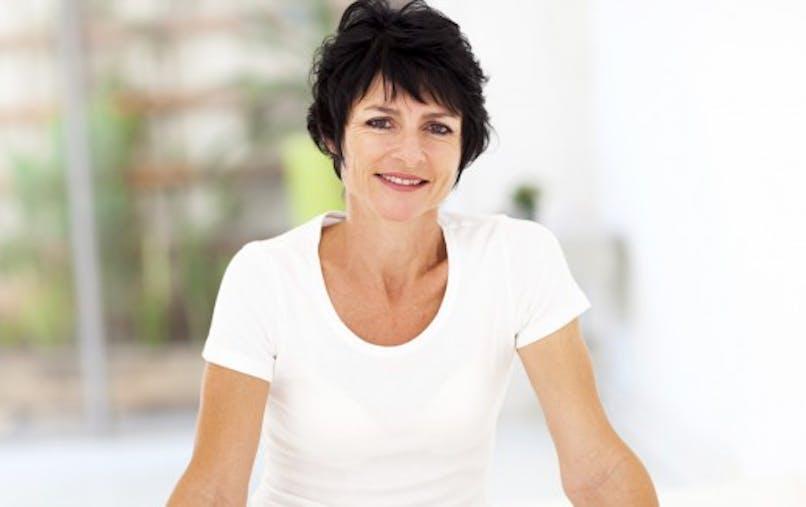 Reconstruction mammaire: une femme sur deux face à des difficultés financières