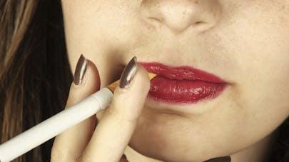 Le tabac tue de plus en plus de femmes