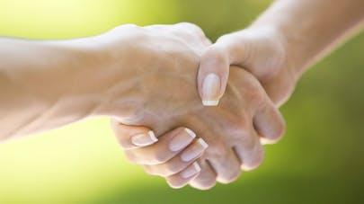 La poignée de main, un bon indicateur de la santé cardiovasculaire?