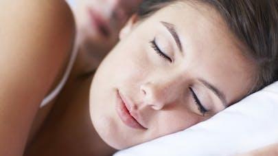 Sommeil: les femmes ont besoin de dormir plus que les hommes