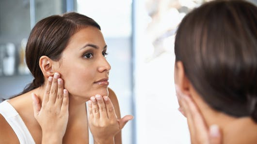 Peeling, laser, injections… quel soin anti-âge choisir?