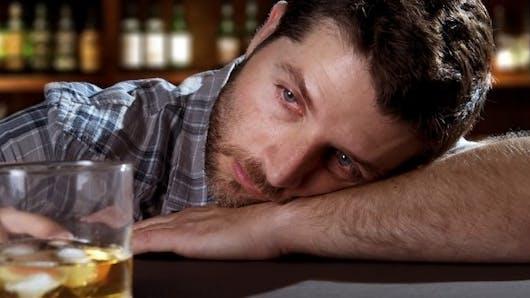 Alcool: la fragilité des hommes de 48 ans