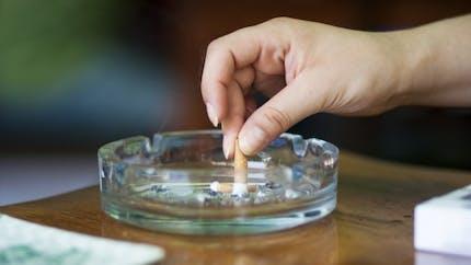 Cigarettes: dix pays se prononcent pour le paquet neutre