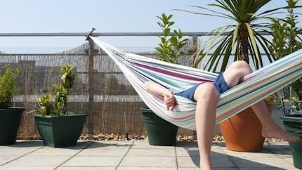 5 astuces pour se sentir en vacances quand on reste chez soi