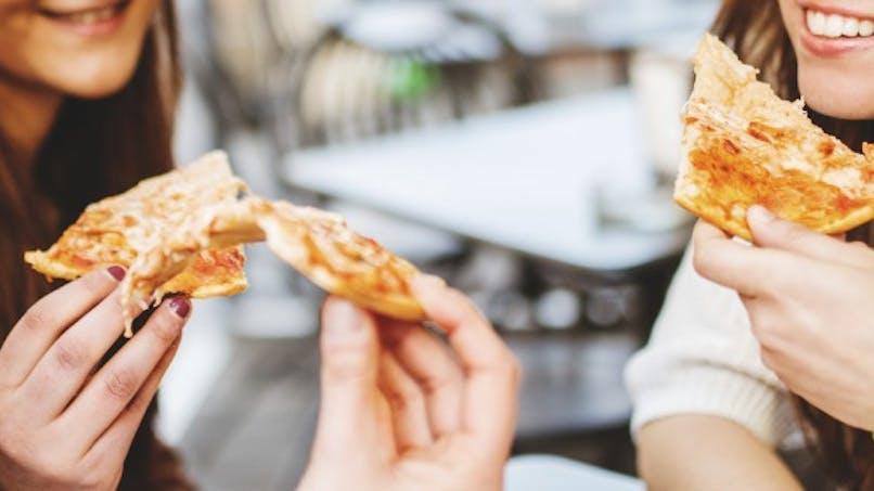 Cuisiner la pizza de façon plus light, c'est possible!