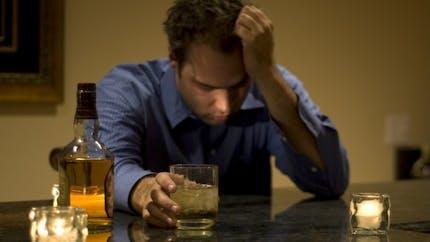 Alcoolisme: les ventes de baclofène baissent pour la première fois