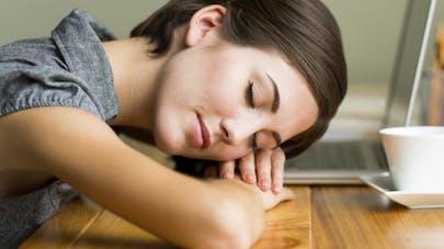 3 astuces pour rester éveillé sans caféine
