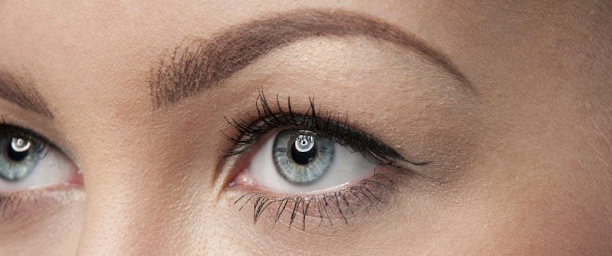 Effacer la fatigue des yeux en 7 gestes | Santé Magazine