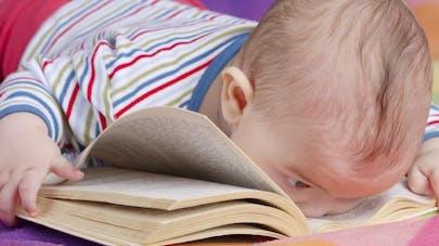 4 bonnes raisons de lire des histoires aux bébés