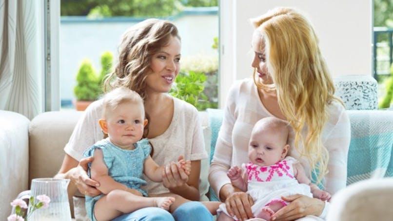 Dépression post-partum: prévenir les risques grâce aux liens sociaux