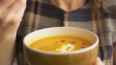3 soupes légères aux légumes de saison