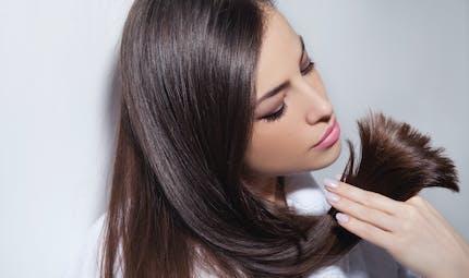 Cheveux secs: comment les soigner et comment les coiffer