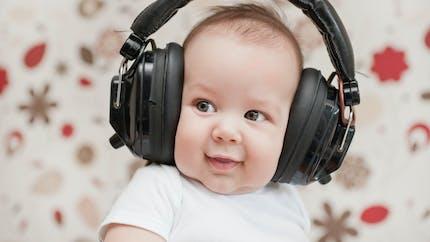 Le casque audio a-t-il remplacé les berceuses?