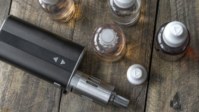 L'appel de 120 médecins en faveur de la e-cigarette