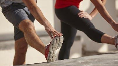 7 étirements à ne pas oublier après la course à pied santé magazine