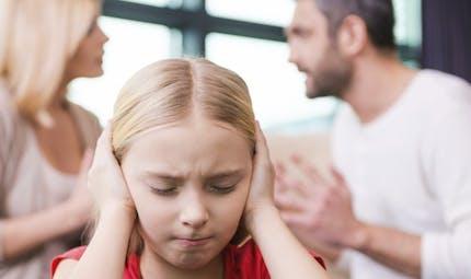 Les petites filles supportent moins bien le divorce de leurs parents que les garçons