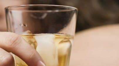 Alcool: des patients sous baclofène s'impliquent dans le suivi du traitement