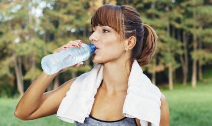 Sport et hydratation: toutes les astuces à connaître