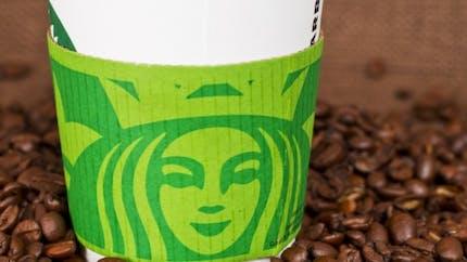 Starbucks, Costa, KFC: beaucoup trop de sucre dans leurs boissons!