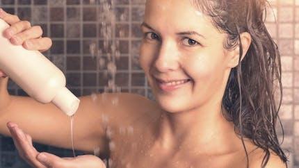 3 bonnes raisons de se doucher moins souvent