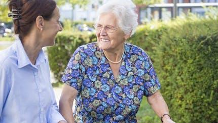 Vous aidez un proche malade ou âgé? N'oubliez pas votre santé!