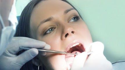 Des patients dans le désarroi après la fermeture des centres dentaires low cost Dentexia