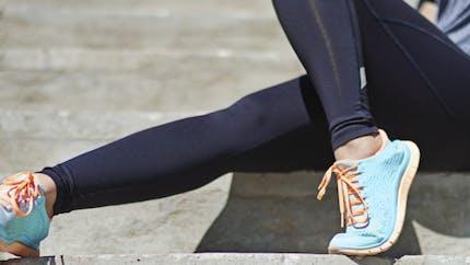 Blessures du genou: pourquoi les femmes sont-elles plus à risque que les hommes?