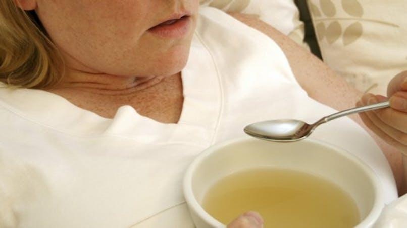 Grippe, nausée, maux de tête: quoi manger quand nous sommes malades?