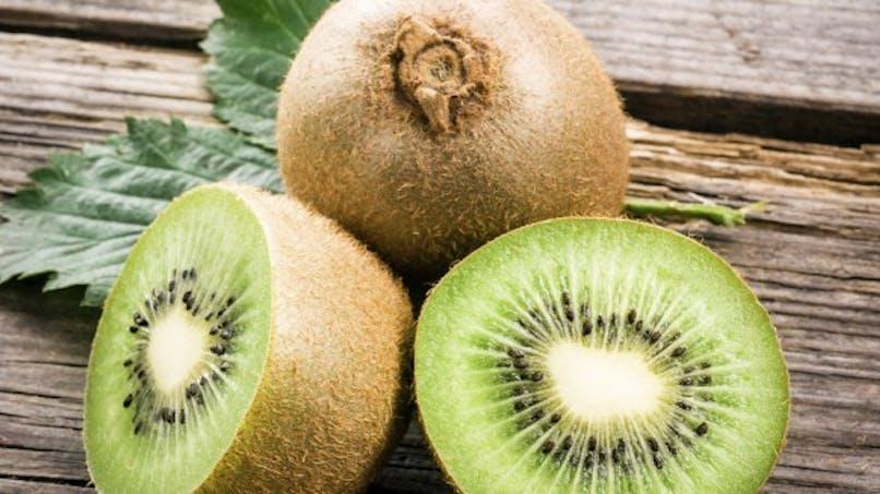 Kiwi: 3 bénéfices santé à en manger régulièrement